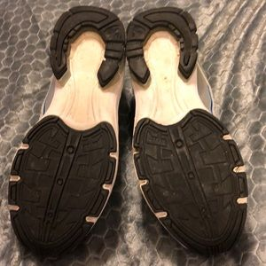 Danskin Shoes - Danskin running 🏃♀️ shoes 👟